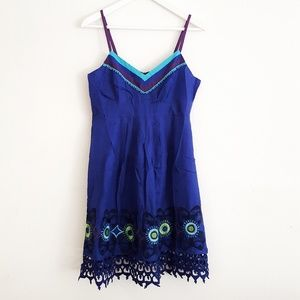 NWT Sugarlips Size M Blue Embroidered dress